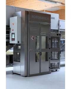 Robot do automatycznego załadunku blach WP Bakery Technologies